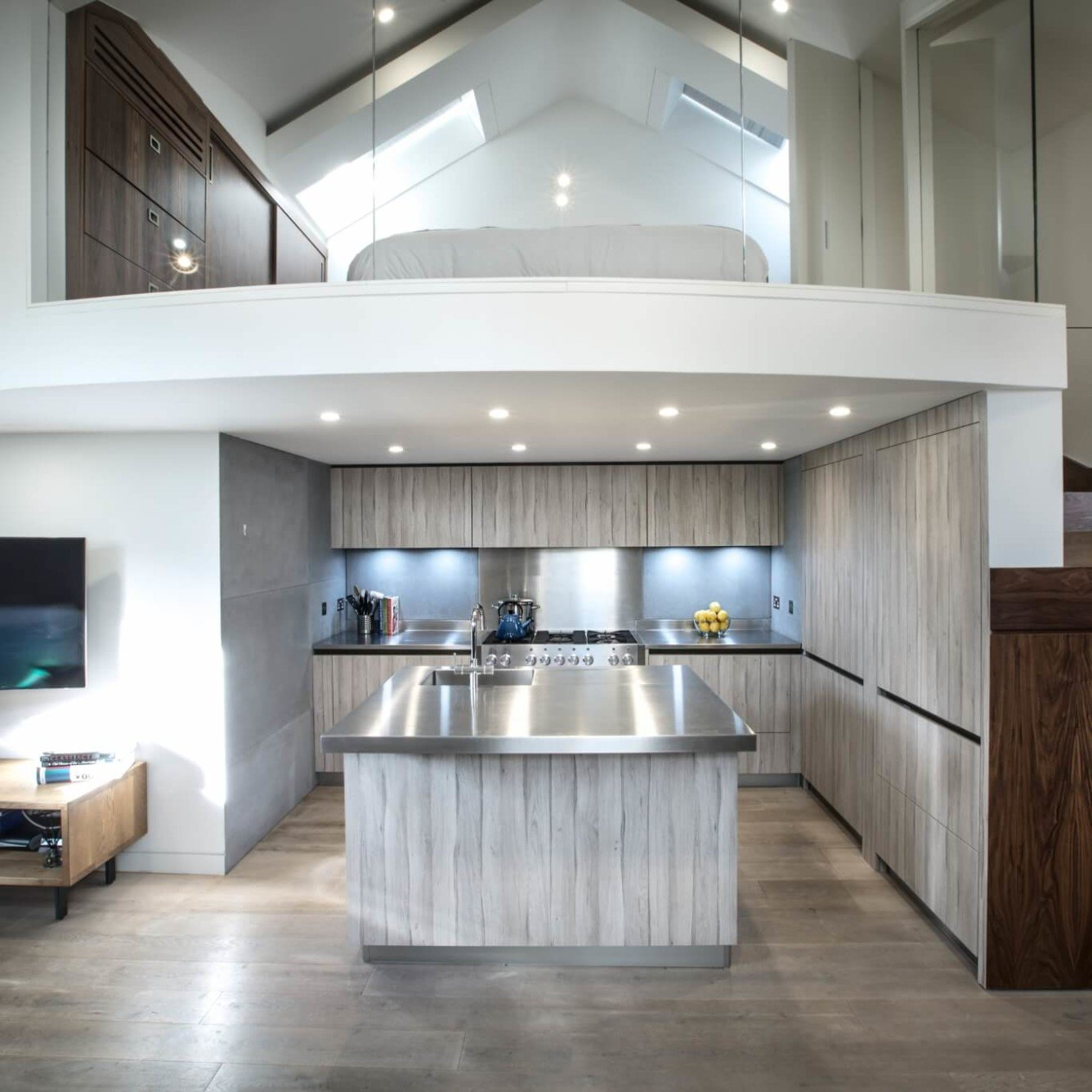 Penthouse in St Johns Wood - mezzanine with master bedroom and bespoke kitchen underneath